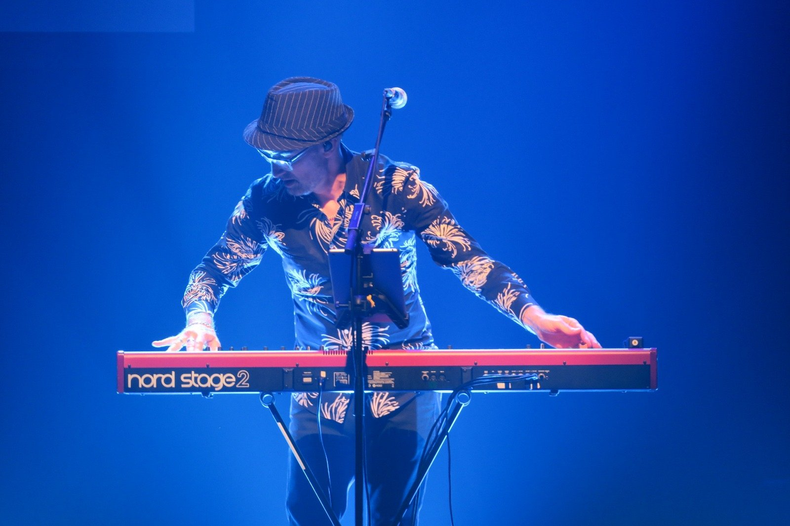 Steve Turner, keyboard player, live on stage with Live On Mars